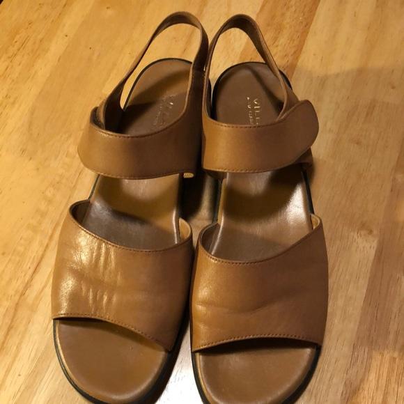 c3e3e5256540b2 Liz Claiborne Shoes - 🌹 Villager Sandals